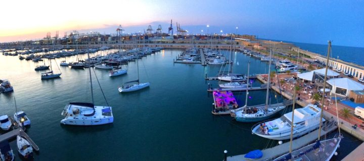 Floating party en Valencia Mar